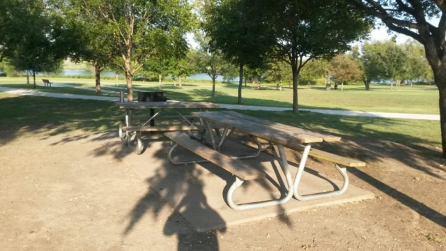 Old Settlers Park - Picnic Tables